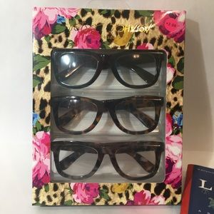 NIB Betsey Johnson Readers 2.0